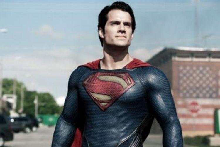 Henry Cavill sebagai Superman dalam Man of Steel