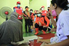 Ganjar Kritik Petugas yang Memberikan Mi Instan kepada Pengungsi Banjir