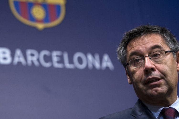 Presiden FC Barcelona, Josep Maria Bartomeu, dalam konferensi pers di Camp Nou, Barcelona, 2 Oktober 2017.