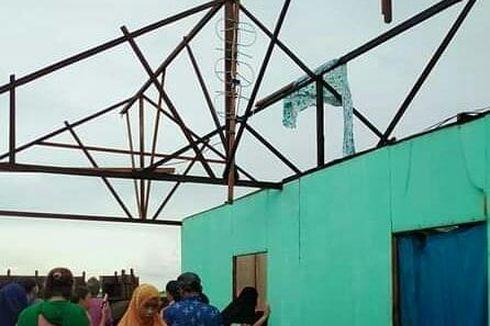 Diterjang Puting Beliung, 23 Rumah Warga di Kalsel Porak-poranda