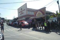 Gelar Pra-rekonstruksi Penusukan Syekh Ali Jaber, Jalan 2 Km Sekitar TKP Ditutup