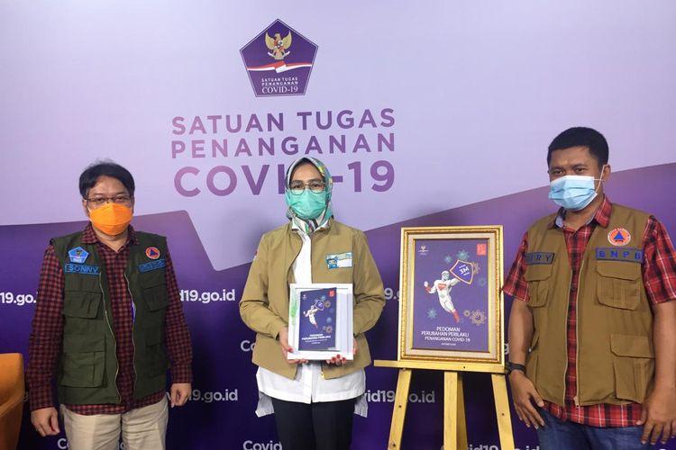 Wali Kota Tangerang Selatan Airin Rachmi Diany mengatakan, lalau 3M sudah jadi kebutuhan, ada atau tidak ada polisi dan tentara, masyarakat tetap pakai masker. Bukan karena ada  razia masker baru pakai.