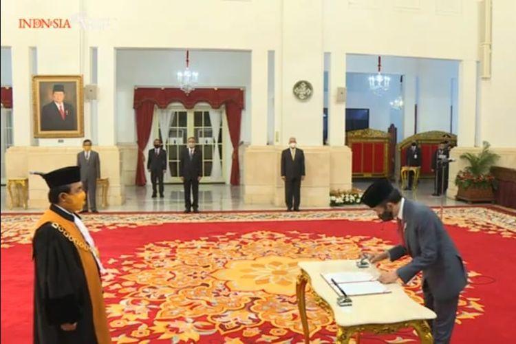 Presiden Jokowi menyaksikan sumpah jabatan Syafruddin sebagai Ketua MA 2020-2025, Kamis (30/4/2020).