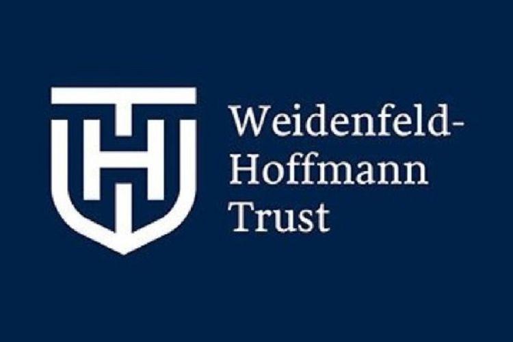 Beasiswa Weidenfeld-Hoffman Trust.