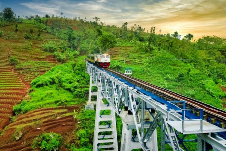 Ilustrasi perjalanan kereta api