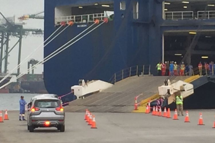 Jajaran Mitsubishi Xpander siap di ekspor ke mancanegara. Seremonial ekspor ini dihadiri Presiden Joko Widodo, Rabu (25/4/2018)
