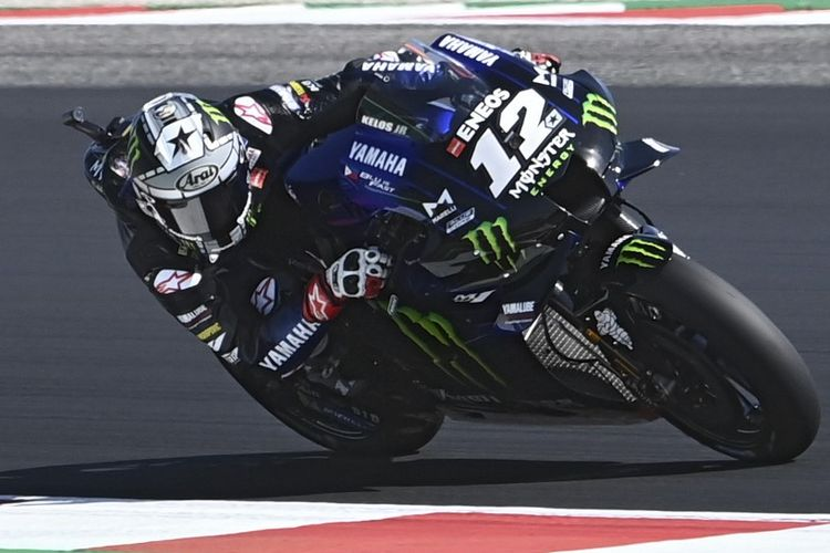 Maverick Vinales saat berlaga di MotoGP Misano. (Photo by ANDREAS SOLARO / AFP)