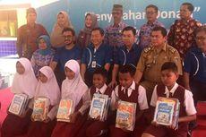 BCA Serahkan Donasi Buku di Tujuh SD di Lampung