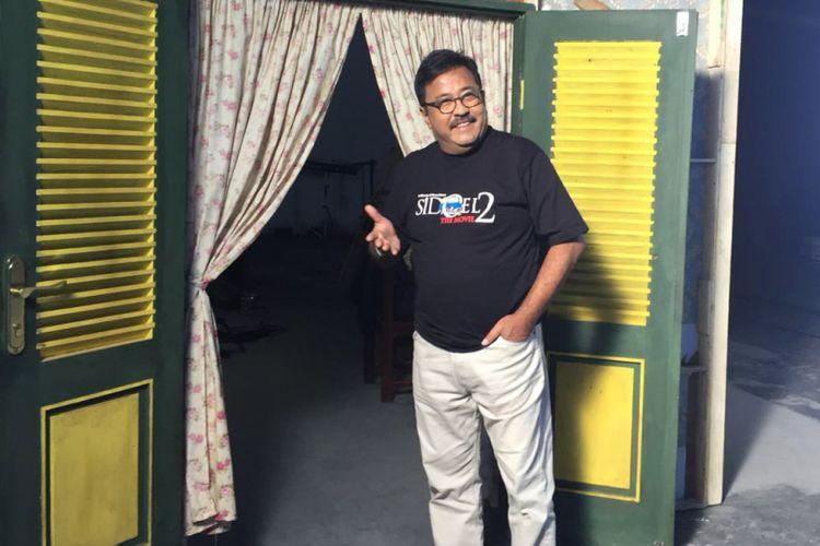 Artis peran Rano Karno yang berperan sebagai Si Doel saat ditemui di sela-sela shooting film Si Doel The Movie 2 di Studio Toha, Ciputat, Tangerang Selatan, Rabu (12/12/2018).