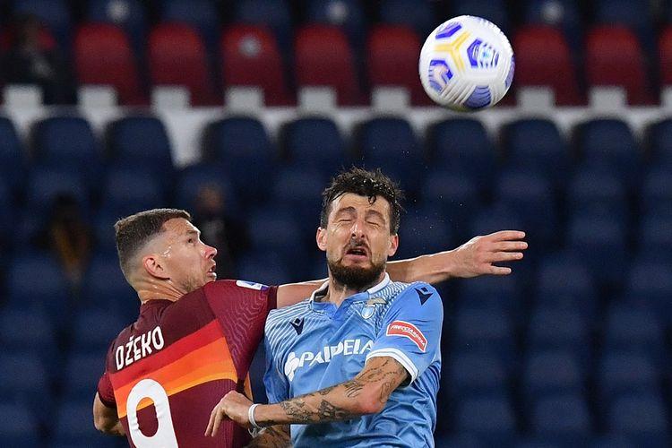 Laga AS Roma vs Lazio pada pekan ke-37 Serie A yang berlangsung di Stadion Olimpico, Minggu (16/5/2021) dini hari WIB.