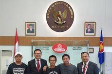Satu Suporter Indonesia yang Ditahan di Malaysia Akhirnya Dibebaskan
