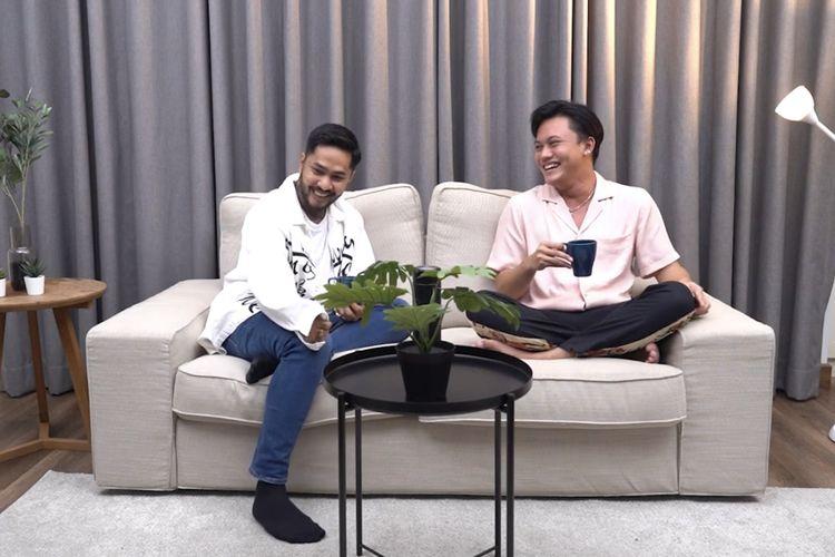 Onadio dan Rizky Febian tengah berbincang. (Bidikan layar YouTube Onadio Leonardo).