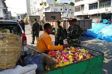 Kisah Pedagang di Jalan Bulan, Warna-warni Bunga Krisan dan Tenda yang Roboh