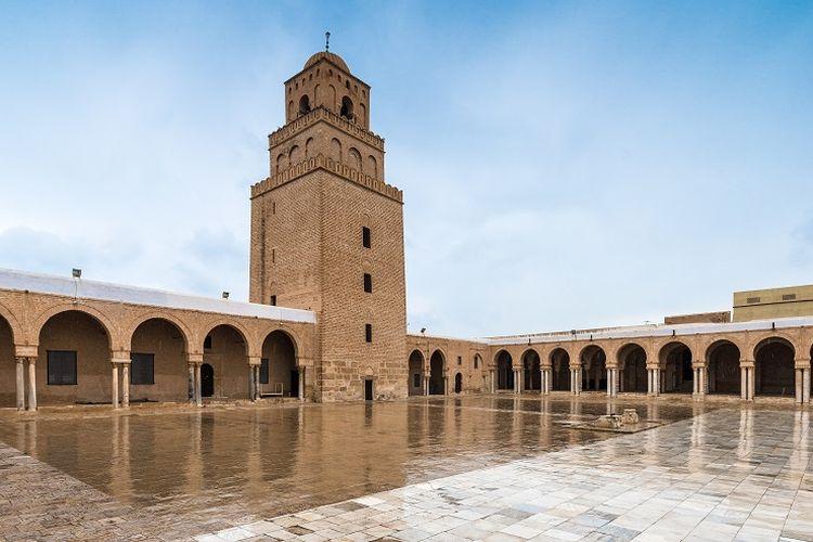 Ilustrasi masjid - Masjid Agung Kairouan di Tunisia.