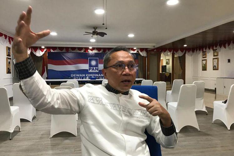 Ketua Umum PAN Zulkifli Hasan saat diwawancarai Kompas.com di rumah dinasnya, kawasan Widya Chandra, Jakarta, 6 September 2021.