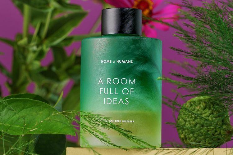 Pengharum ruangan dengan aroma petrichor dari Home of Humans.