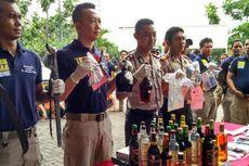 Ratusan Botol Miras Disita di Tanjung Priok