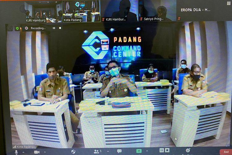 Pertemuan virtual dengan Pemerintah Kota Padang berlangsung pada tanggal 4 Agustus 2020.