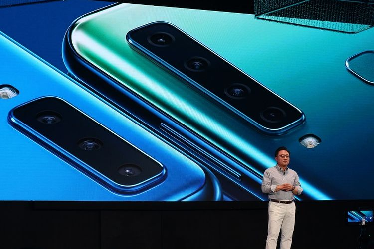 President and CEO of IT & Mobile Communication Division dari Samsung Electronics, DJ Koh saat meluncurkan Galaxy A7 (2018) dan A9 di W Hotel, Kuala Lumpur, Malaysia.