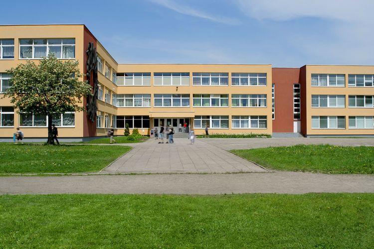 ilustarsi gedung sekolah
