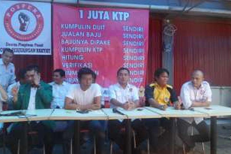 Posko Perjuangan Rakyat (Pospera), Sabtu (25/6/2016), membantah telah mengintervensi pengakuan kelima mantan pengumpul data KTP untuk Ahok