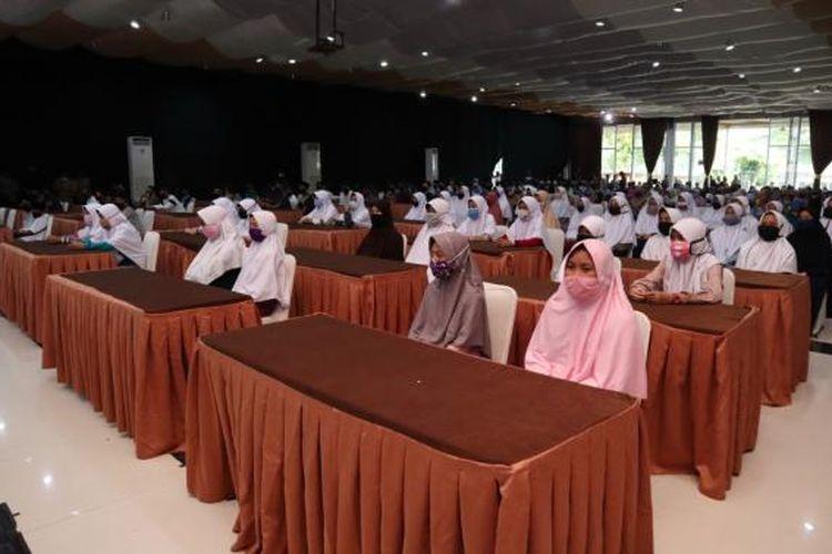 Ratusan santri asal Kepulauan Bangka Belitung diizinkan berangkat ke sejumlah pesantren di Pulau Jawa, Selasa (16/6/2020).