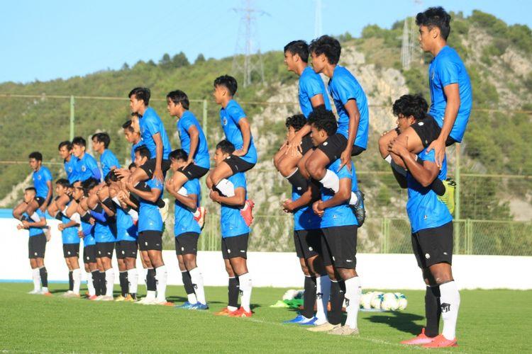 Skuad timnas U19 Indonesia arahan Shin Tae-yong menggelar training center di Kota Split, Kroasia.