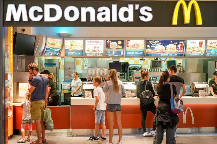 Ilustrasi gerai McDonalds di Amerika Serikat.