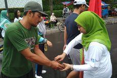 Peringati Hari Gizi, Persatuan Ahli Gizi Indonesia Bagi-bagi Buah Gratis di CFD