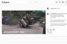 Viral, Video Truk Terguling Menimpa Tenda Duka di Klaten