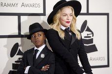 Anak Masuk Sekolah Sepak Bola Benfica, Madonna Pindah ke Portugal