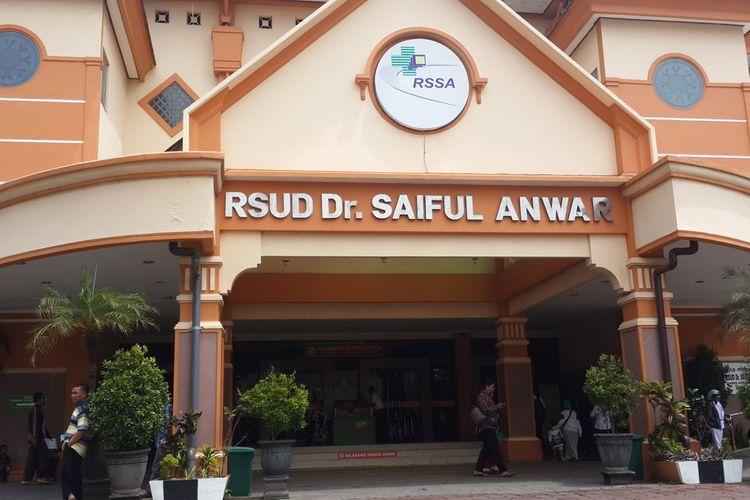 Sejumlah dokter spesialis yang disiapkan untuk menangani pasien suspect corona di RSSA Kota Malang, Senin (27/1/2020)