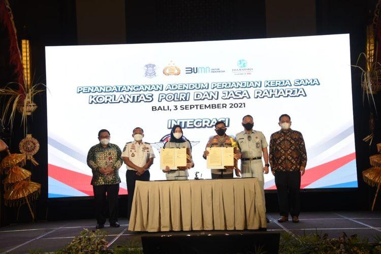 Kerja sama Korlantas Polri dengan Jasa Raharja integrasikan ETLE dengan JRku, Jumat (3/9/2021) di Bali.