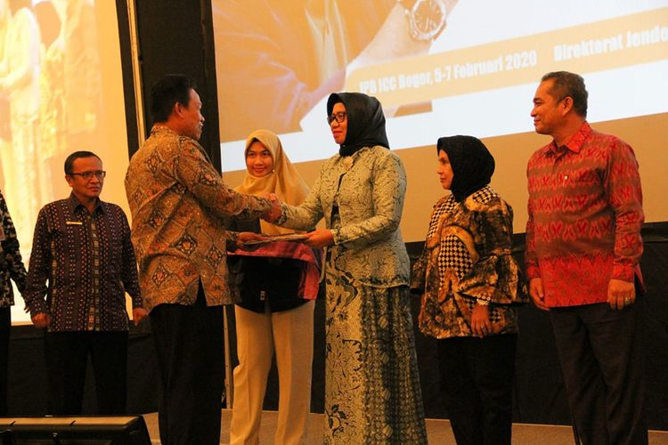 Kementerian Pertanian menggelar Rapat Koordinasi dan Sinkronisasi Pelaksanaan Program/Kegiatan Pembangunan Prasarana dan Sarana Pertanian APBN TA. 2020 di IPB Convention Center, Rabu (05/02/2020). Kegiatan ini diikuti berbagai Dinas Pertanian Provinsi di Indonesia.