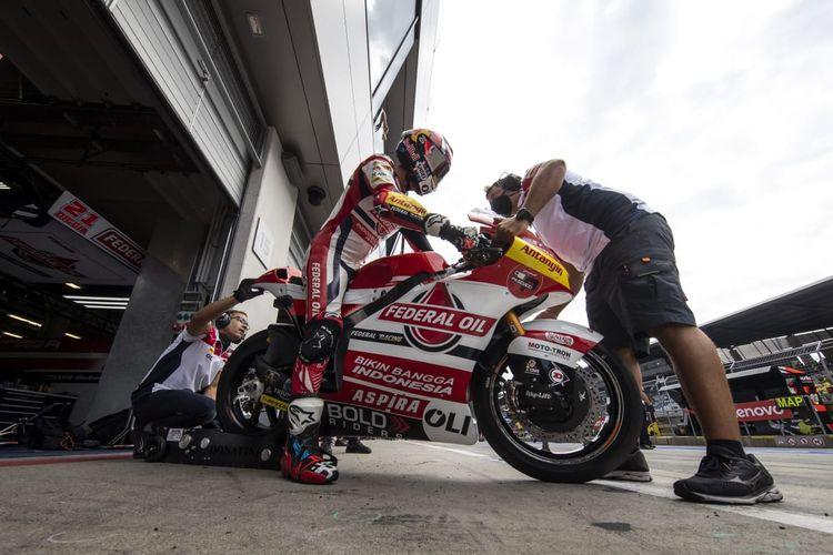 Fabio Di Giannantonio saat berlaga pada Moto2 Austria 2021