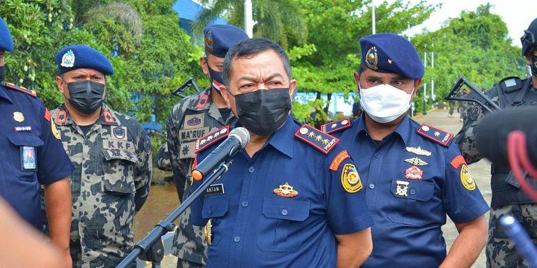Sekretaris Jenderal (Sekjen) KKP Antam Novambar mengungkapkan penangkapan lima kapal ikan asing ilegal berbendera Vietnam di Laut Natuna Utara.