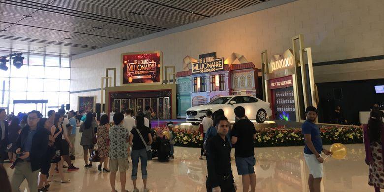 Suasana dalam acara grand final Changi Millionaire di Terminal 4 Bandara Changi, Singapura, Minggu (21/1/2018).