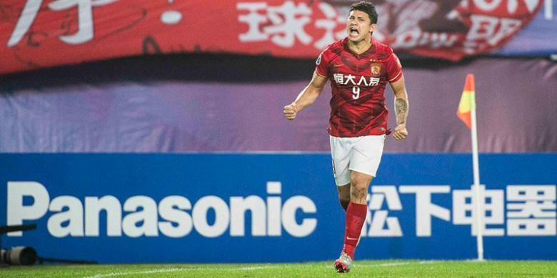 Elkeson antarkan Guangzhou Evergrande menjuarai Liga Champions Asia 2015 dengan mengalahkan Al Ahli, Sabtu (21/11/2015).