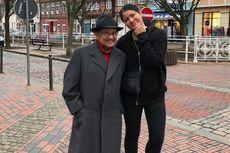 Imbauan Melanie Subono kepada Peziarah Makam BJ Habibie