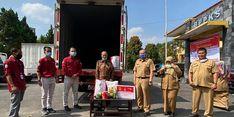 Kemensos Salurkan 1.000 Paket Sembako kepada Lansia di Jabar