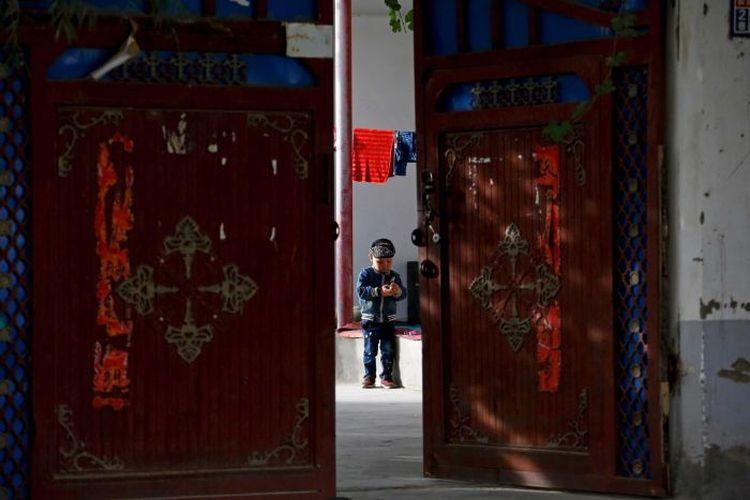 Peneliti mengatakan pembatasan kelahiran di Xinjiang membuat mereka yang ingin memiliki anak merasa terteror.