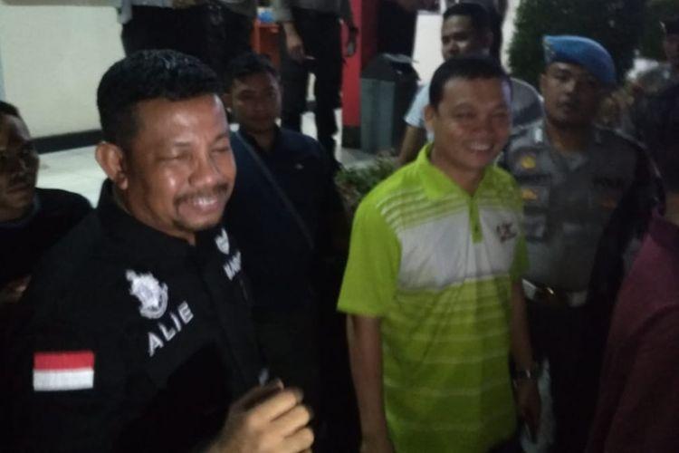 Kasat Reskrim Polresta Tanjungpinang AKP Efendri Ali saat memberikan keterangan pers tentang OTT KPK terhadap kepala daerah di Kepulauan Riau, Rabu (10/7/2019) malam.