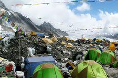 Kotoran Manusia yang Menggunung Jadi Masalah di Everest