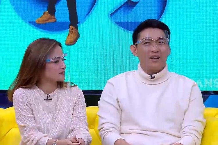 Ifan Seventeen dan Citra Monica dalam acara Okay Bos