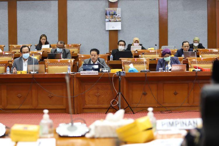 Rapat dengar pendapat (RDP) antara Perpusnas dengan Komisi X DPR RI yang diadakan secara hybrid di Gedung Nusantara I, Jakarta, Rabu (2/6/2021).