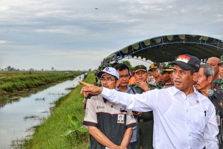 Kementerian Pertanian mencatat, dari total 25 juta hektar luas lahan rawa lebak di Indonesia, baru sebagian kecil yang dimanfaatkan secara intensif untuk pertanian.