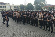 Wakapolri Salami Polisi yang Amankan Mako Brimob