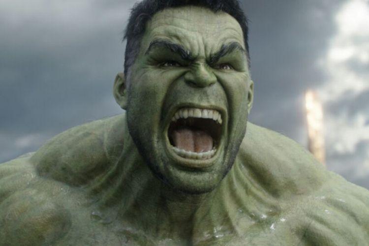 Superhero Hulk dalam film diperankan oleh Mark Ruffalo.