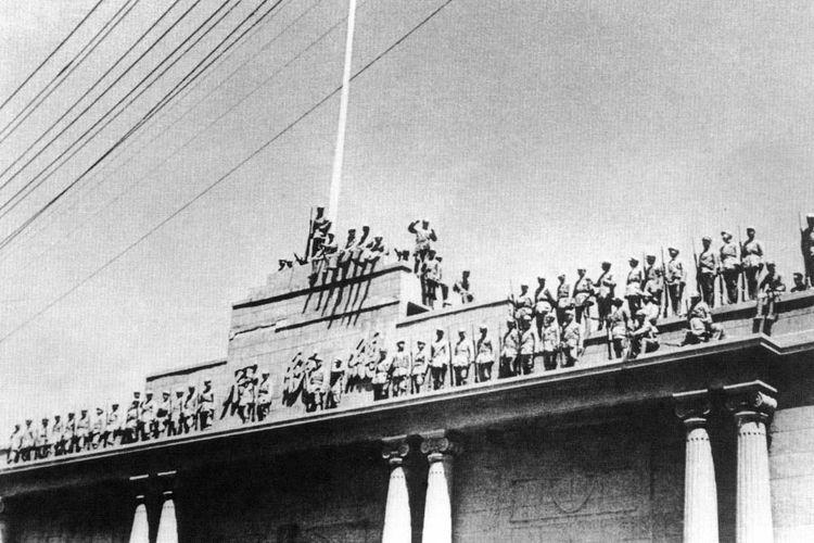 Tentara Pembebasan Rakyat menduduki Istana Kepresidenan di Nanjing pada April 1949, saat terjadinya Revolusi Komunis China.