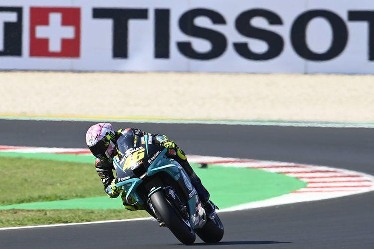 Valentino Rossi saat berlaga pada MotoGP San Marino 2021